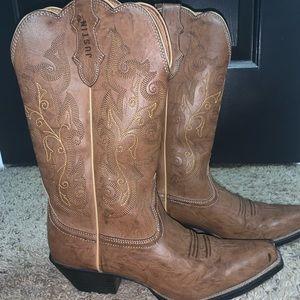 JUSTIN Women's Cowboy Boots